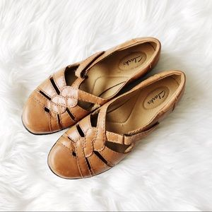 Clark's Brown Leather Walking Shoes Flats Sz9